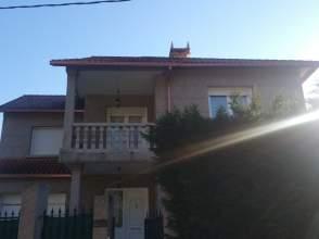 Casa adosada en venta en calle Ep-9702
