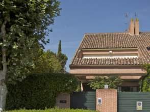 Casa adosada en venta en calle Barlovento, nº 4