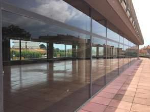 Local comercial en alquiler en Torroella de Montgrí - Centro