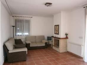 Casa unifamiliar en alquiler en Bustarviejo - Urbanización