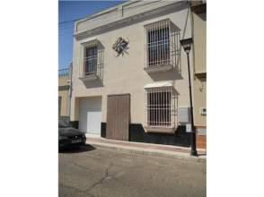 Casa en venta en La Algaba, Zona de - Alcalá del Río