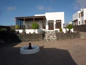 Casa en venta en calle El Cestón de Muñique