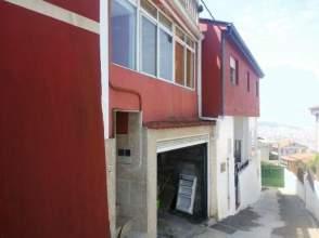 Casa adosada en venta en Vigo - Lavadores