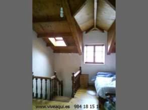 Casa en venta en Casa en Figueras, Cerca del Puerto, Castropol por 95.000 €