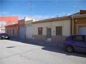 Casa en venta en calle Revoltosa