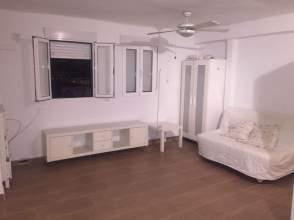 Apartamento en alquiler en Tablada-Ramón de Carranza-Madre Rafols
