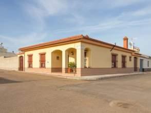 Casa pareada en venta en La Albuera