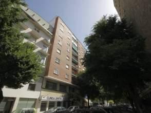 Piso en venta en Avenida Ronda del Pilar