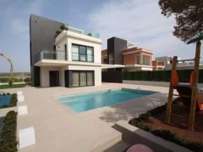 Casa en venta en Orihuela Costa