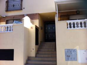 Piso en alquiler en Churriana de La Vega