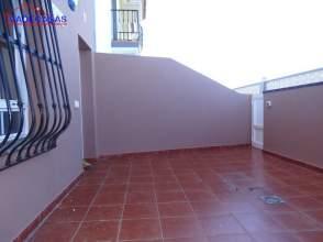 Casa adosada en alquiler en La Zamora