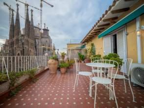 Ático en venta en Esquina Plaza de Gaudí