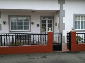 Casa unifamiliar en alquiler en Travesía Riaxón