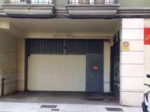 Garaje en alquiler en calle Cabrales, nº 110