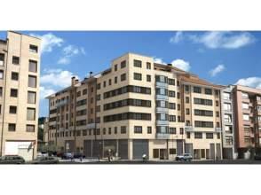 Ático en venta en calle Zeharkalea, nº S/N, Ermua por 222.375 €