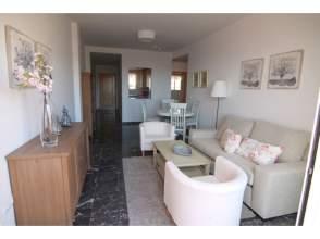 Piso en venta en calle Sierra Nevada,  S/N, Torreblanca, Carvajal (Fuengirola) por 134.000 €