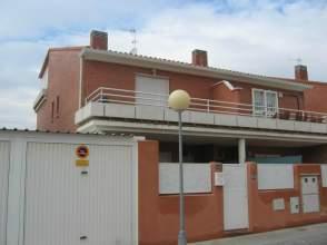 Chalet pareado en alquiler en Urb Miralobueno Sur