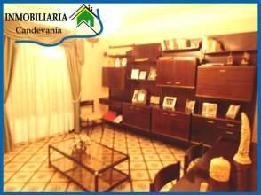 Casa rústica en venta en Zuera