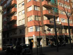 Piso en venta en Avenida Fabra I Puig