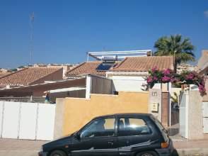 Casa unifamiliar en venta en El Alamillo
