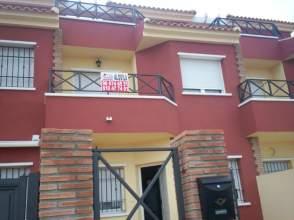 Casa unifamiliar en alquiler en calle Gladiolo