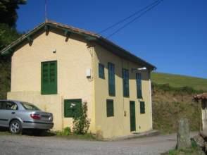 Casa rústica en venta en  6 Km de Colunga