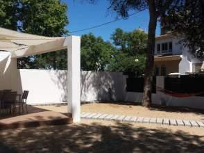 Casa adosada en alquiler en calle Gaviota, nº 6