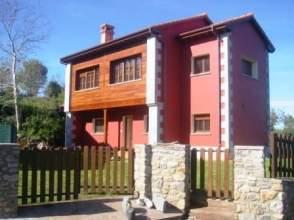 Chalet unifamiliar en alquiler en calle Bones, nº 32, Ribadesella por 750 € /mes