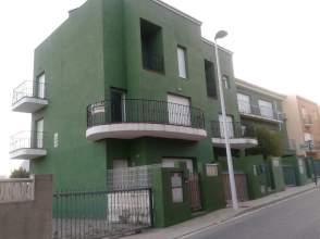 Casa adosada en alquiler en calle Pamis, nº 1B