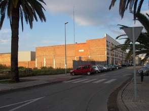 Terreno en alquiler en calle Crom, Nau Número 1, Centre, Sanfeliu, Sant Josep (L'Hospitalet de Llobregat) por 1.700 € /mes