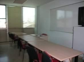 Oficina en alquiler en Zona Passeig Pere Iii