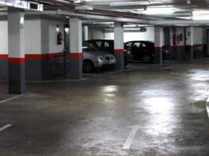 Garaje en venta en Glorieta Bacuta
