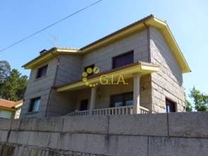 Casa en venta en calle Bouzapanda, nº 1