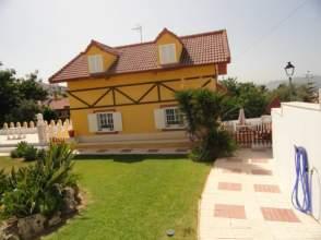 Casa en venta en calle Moriles