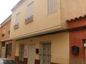 Casa adosada en venta en calle Tambojar, Totana por 119.000 €