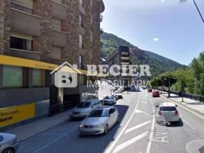 Local comercial en venta en Avenida Francesc Cairat, Sant Julià de Lòria por 997.500 €