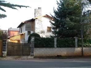 Chalet en venta en Paseo de La Cantera, Jaca por 600.000 €