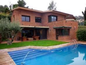 Casa en alquiler en Font Pineda