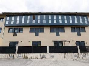 Dúplex en alquiler en Vía Carmen Tagle,  1, Miranda de Ebro por 370 € /mes