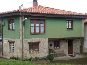Casa adosada en Camino Celada
