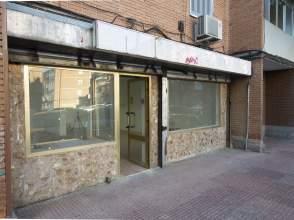 Local comercial en calle San Asturio Serrano, nº 15
