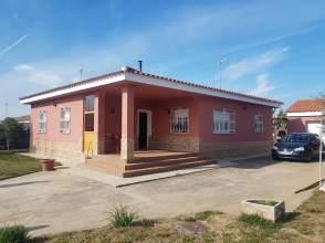 Casa pareada en La Picuriña-San Roque-Ronda Norte