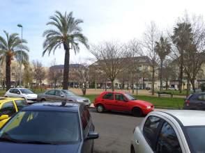Piso en Avenida de Elvas-Campus