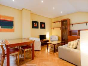 Apartamento en calle del Maestro Guerrero