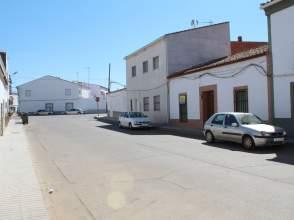 Casa pareada en calle Zurbaran, nº 3