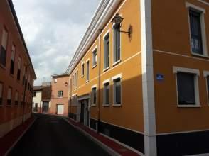 Piso en calle Longambia