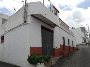Casa adosada en calle Lugar Diseminado Farailagas