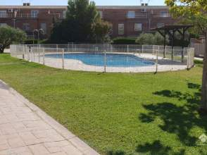 Casa adosada en Zaragoza Capital