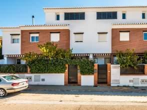 Casa pareada en calle Avenida los Llanos, nº 4