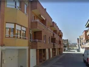 Casa adosada en calle Comtes D Urgell, Chalet de Entidad Bancaria, nº 9